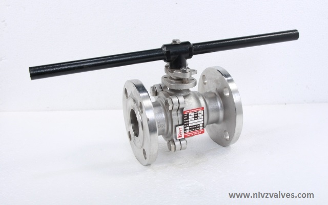 Fire Safe Design � API 607, BS 5351/ISO 17292-Two Piece Design Full Bore-Port Flanged End Ball Valve, Pressure Rating Class 150/300/600,Hand Lever Operated, Body Material A216 GR WCB-Carbon Steel /CF8-SS304/CF8M-SS316/CF3-SS304L/CF3M-SS316L/D2205-Duplex Steel/CN7M-Alloy20/Hast Alloy C-22/C276