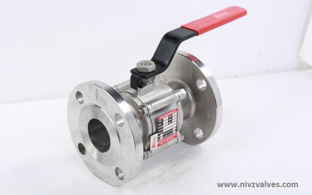 BS 5351/ISO 17292-Three Piece Design Full Bore-Port Flanged End Ball Valve, Pressure Rating Class 150/300/600, Hand Lever Operated, Body Material A216 GR WCB-Carbon Steel /CF8-SS304/CF8M-SS316/CF3-SS304L/CF3M-SS316L/D2205-Duplex Steel/CN7M-Alloy20/Hast Alloy C-22/C276